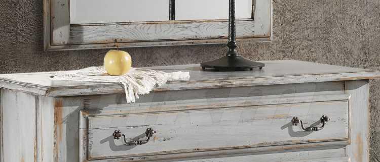 farbige landhausm bel nostalgie retro armaturen im landhausstil. Black Bedroom Furniture Sets. Home Design Ideas
